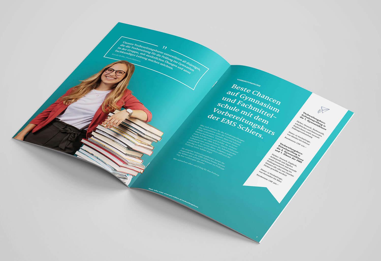 Nach dem Rebranding kommt auch die Broschüre in neuem Look und mit neuem Logo daher.