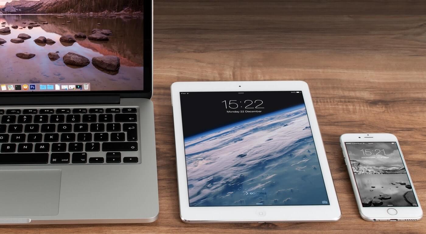 Laptop, Tablet und Smartphone, Mobile First und Responsive Design